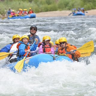 Whitewater Rafting with Teens. Why it's a fantastic idea! | Meander & Coast blog
